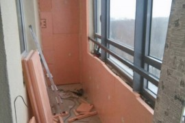 Пеноплекс на стенах балкона