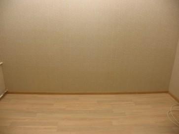 Оклейка стен обоями фото