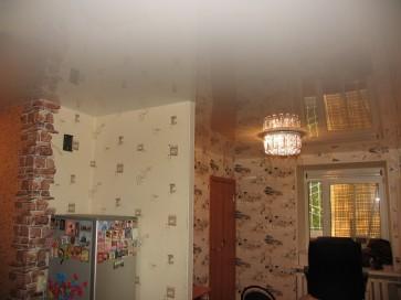 Монтаж натяжного потолка в однокомнатной квартире