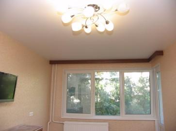 Натяжной потолок в комнате 17 метров