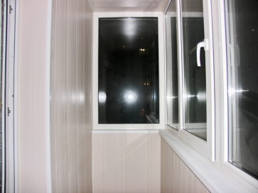 ПВХ панели на Г балконе